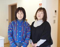 (写真左)矢作純子様 (写真右)クロークネット/(株)光栄舎 阿部